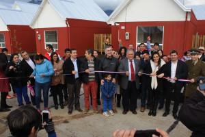 Familias del último campamento en Pucón cumplieron el sueño de la casa propia