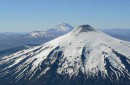 Organismos de turismo y seguridad revisan protocolo de ascensiones al volcán Villarrica