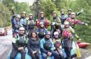 Estudiantes puconinos colaboran con la limpieza de los ríos en medio de campaña ambiental municipal