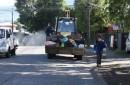 Funcionarios Municipales de Pucón realizan operativo de limpieza en la comuna
