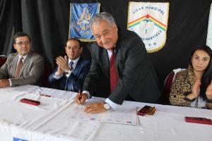 Inauguran Liceo Bicentenario de Hoteleria y Turismo en Pucón