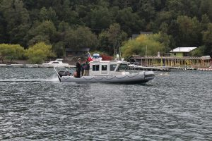 Nueva lancha de La Armada reforzará mediciones de las aguas del lago Villarrica