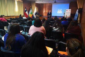 Municipio de Pucón capacita a su personal en buen trato y atenciones para personas en situación de discapacidad