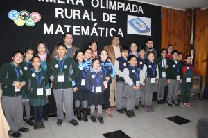 Alumnos de escuelas municipales rurales de Pucón se lucieron en primeras olimpiadas de matemáticas