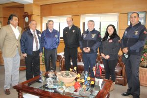 Cuerpo de Bomberos y Municipalidad de Pucón impulsan creación de Brigadas Bomberiles en Caburgua y Villa San Pedro