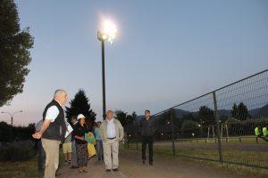 Nuevas torres de iluminación del Estadio Fiscal ya están funcionado