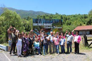 Vecinos de Pichares inauguraron nueva señalética turística en Pucón