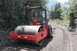 Municipio de Pucón ejecuta mejora de trabajos en camino rurales