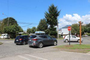 Municipio de Pucón informa cambió en señalética de tránsito en esquina de Ansorena con Engler